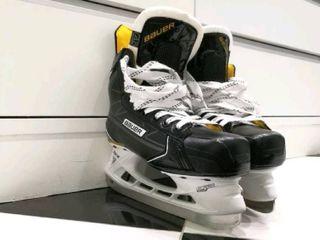 รองเท้า Ice Skate