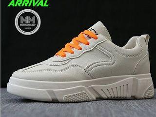 รองเท้าผ้าใบแฟชั่น สไตร์เกาหลีแบบเสริมส้น
