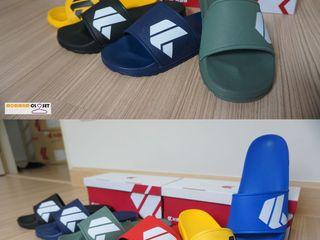 รองเท้าแตะแบบสวมรุ่น Kito Dance ของแท้ส่งพร้อมกล่อง