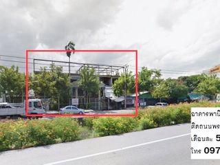 อาคาร ให้เช่า ติดถนนใหญ่ พระราม2 แสมดำ ซอย80