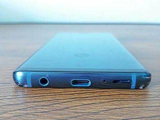 Samsung S9 64 GB สีน้ำเงิน