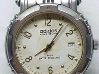 นาฬิกาข้อมือ adidas