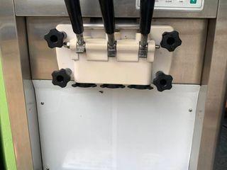 เครื่องทำไอศครีม Softserve