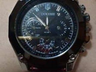 นาฬิกาชาย OUKSHI