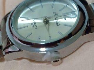 นาฬิกาหญิง Rulida