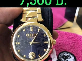 นาฬิกาข้อมือสตรี VERSACE