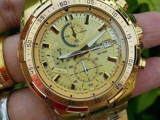 นาฬิกาข้อมือชายจาก EDIFICE CASIO