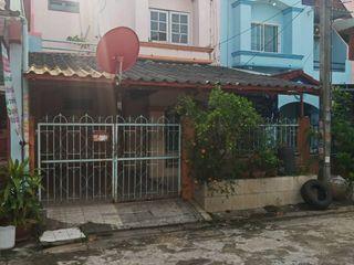 หมู่บ้าน วังทองเพชรเกษมซอย 77 ขนาด 25.5 ตรว 4 นอน 2 น้ำ ซอย