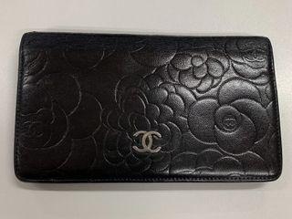 Chanel Camellia wallet Black holo11