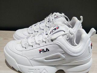 รองเท้า FILA รุ่น DISRUPTOR 2 รุ่นยอดนิยม