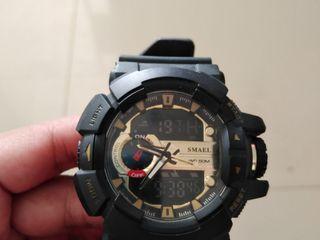 ขายนาฬิกาข้อมือสีดำ