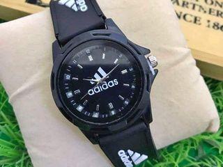 นาฬิกาแฟชั่นสวยๆ จ้ากันน้ำ100เมตร ส่งฟรีEMSลทบ