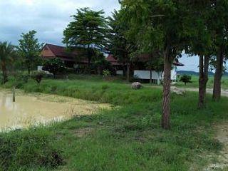 Sale Large Land plus nice wooden House Suburban of Kanchabur
