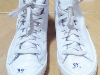 adidas สีขาว เบอร์39 /ญ