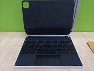 Magic Keyboard สำหรับ iPad Pro 11 นิ้ว