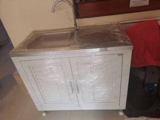 อ่างล้างจานซิงก์ พร้อมตู้เก็บของสองข้าง