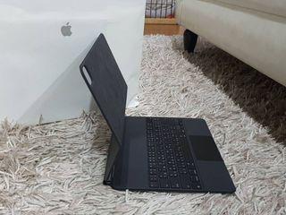 Magic Keyboard iPad pro 12.9 นิ้ว ศูนย์ไทย คีย์ไทย สภาพเหมือ