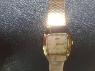 นาฬิกา ราโด้