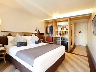 โรงแรมวินซ์ ให้เช่าห้องพักรายเดือน 10,000 บาท รวมค่าน้ำค่าไฟ