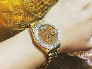 Rolex President ราคาจัดโปรโมชั่นส่งท้ายปี