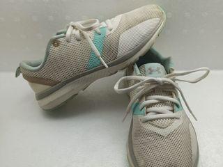 รองเท้าอันเดอร์อาร์เมอร์ รองเท้าผ้าใบผู้หญิง