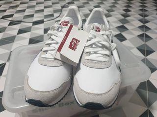 รองเท้า onitsukaรุ่นD6K3N DUALIO