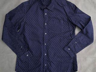 GU shirt
