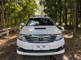 TOYOTA FORTUNER 3.0 V AT 2 WD ปี 2013 ดีเซล