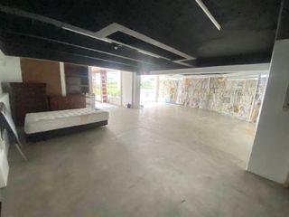 Rent big space 1st floor only Main Road Phraram 9