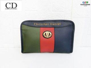 Christian Daniel แท้ กระเป๋าทรงคลัช