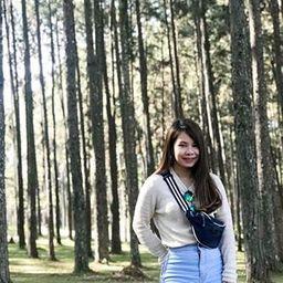 รูปโปรไฟล์ของ Smile Apinya