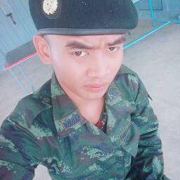 รูปโปรไฟล์ของ พล ทหาร ศราวุธ